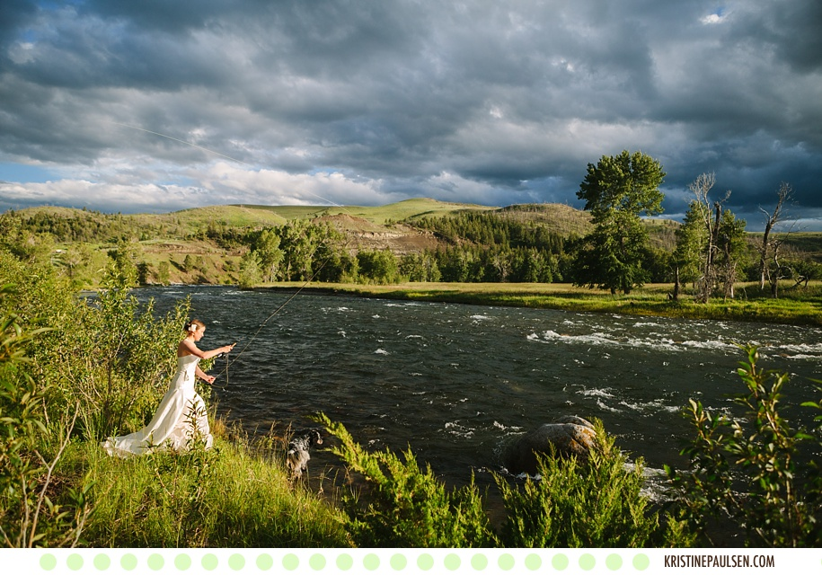 A River Runs Through it – {Julie and Dave's Stillwater River Outpost Wedding}