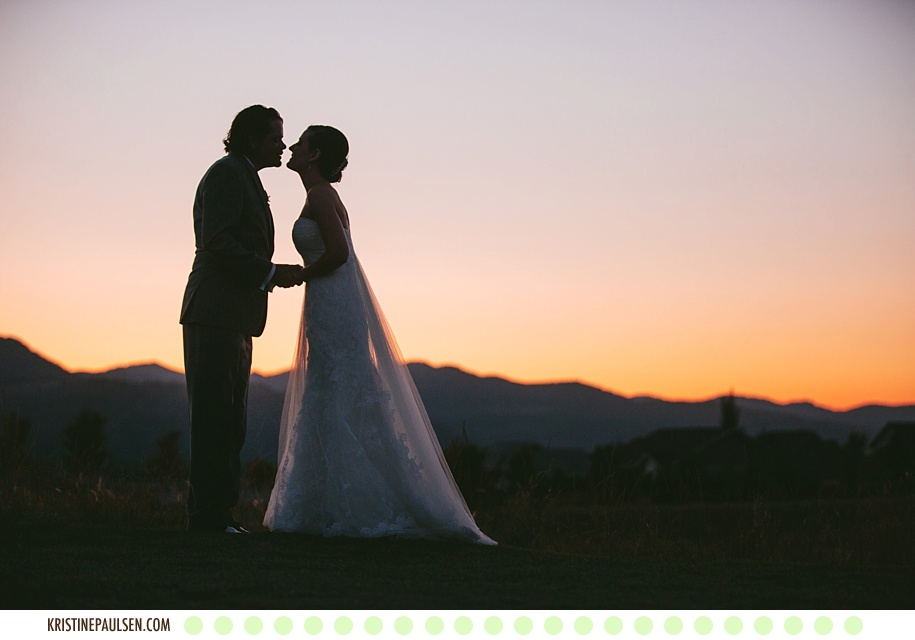 Big Sky Sunsets and Smiles :: {Gretchen and Shawn's Missoula Ranch Club Wedding}