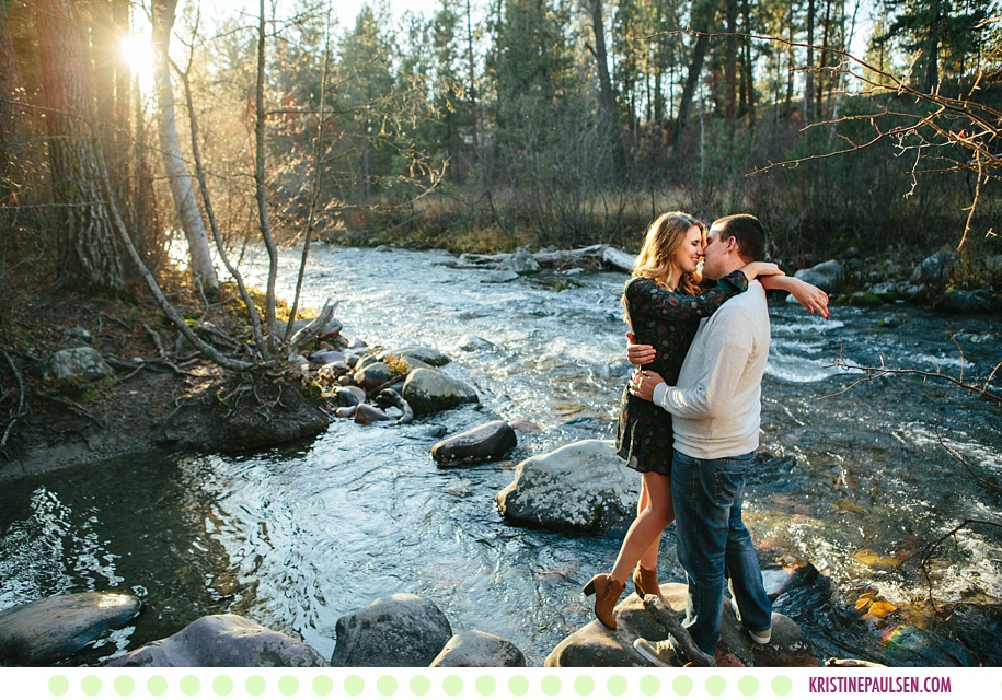 Amber + Woody :: Missoula Montana Fall Engagement Pictures