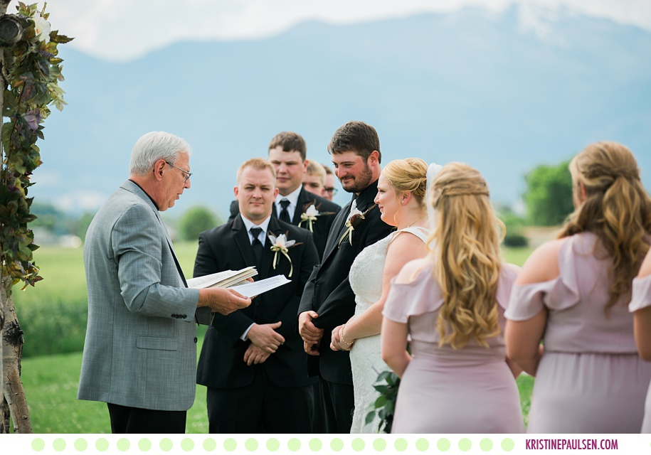 Ethan + Emily :: Flying Horse Ranch Wedding in Corvallis Montana - Photos by Kristine Paulsen Photography